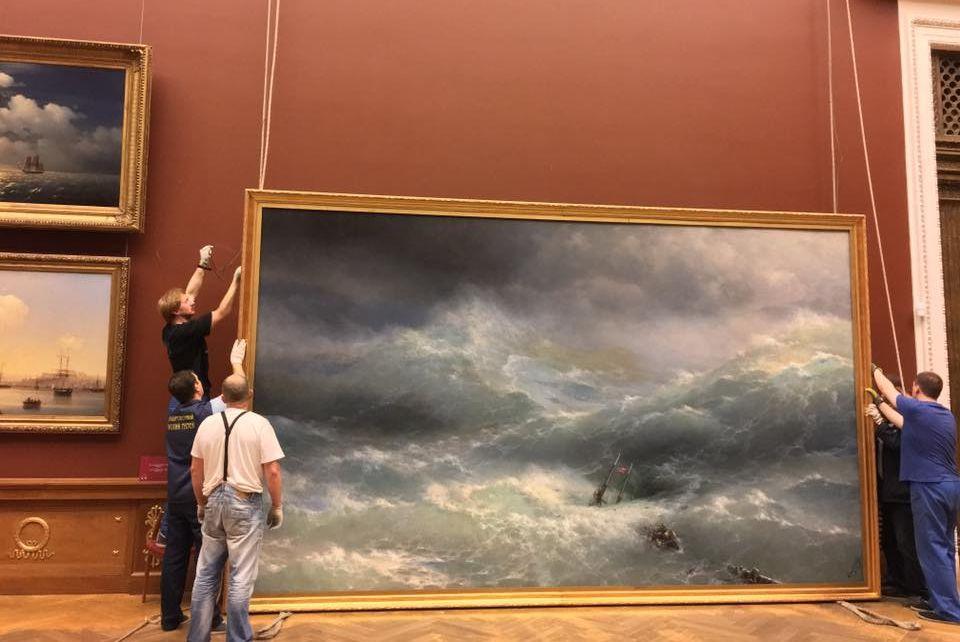 Как без очереди попасть навыставку Айвазовского— Кто последний