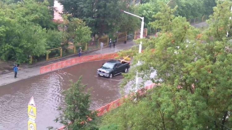 Ребят эвакуировали изподтопленного детского сада №122 вИркутске