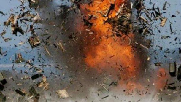 Украинские силовики сказали очетырех мощных взрывах натерритории ДНР