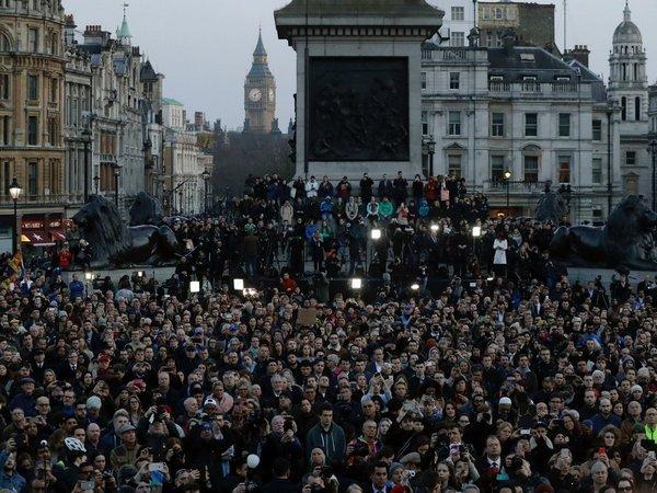 Теракт встолице Англии: милиция избавляется отподозреваемых