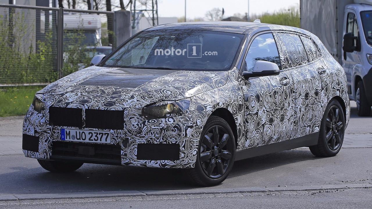 Опубликованы первый шпионские снимки BMW 1-Series 2018 class=