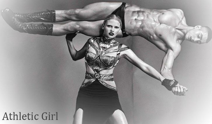Атлетичная Лара Стоун вертит мужиками / Lara Stone by Steven Klein - Vogue Italia august 2016