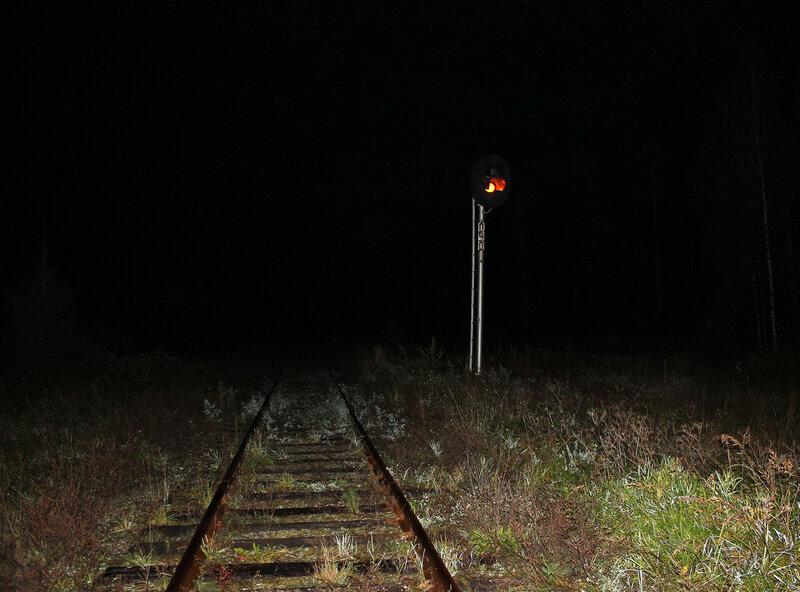 Предупредительный светофор ПЧО на перегоне Жарковский - Земцы на приближении к станции Земцы
