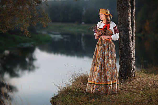 Народная одежда: Русский сарафан