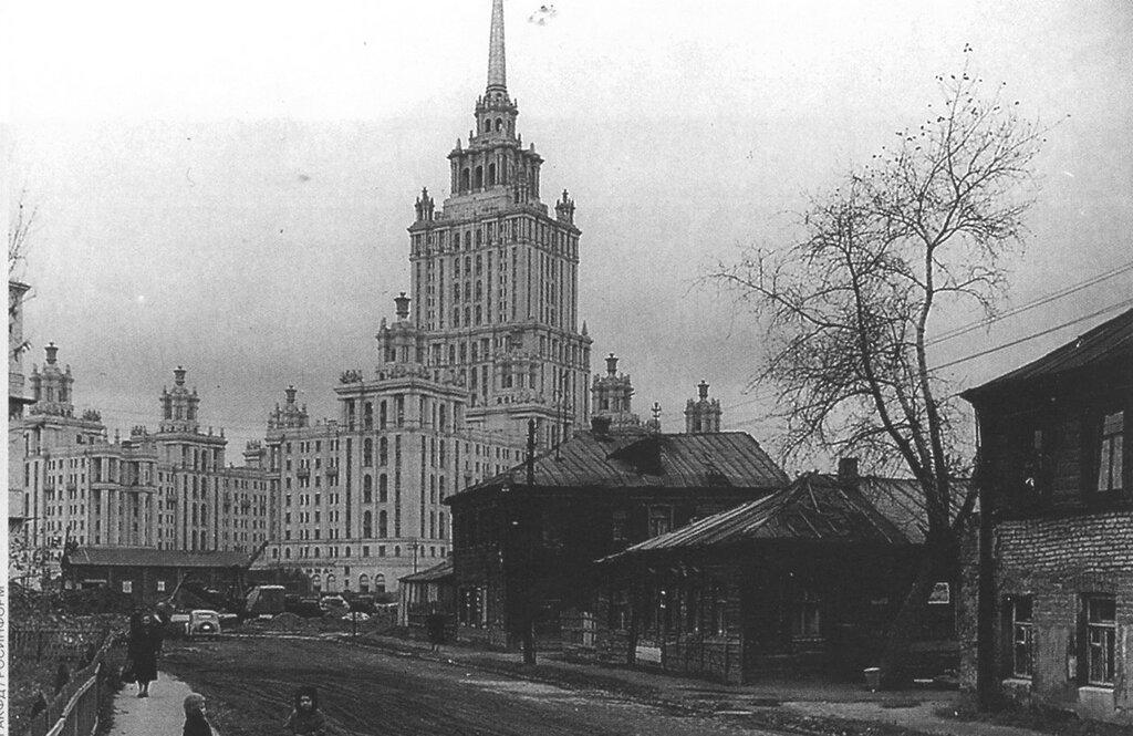 8403 4-й Луговой переулок 57 Н. Грановский.jpg