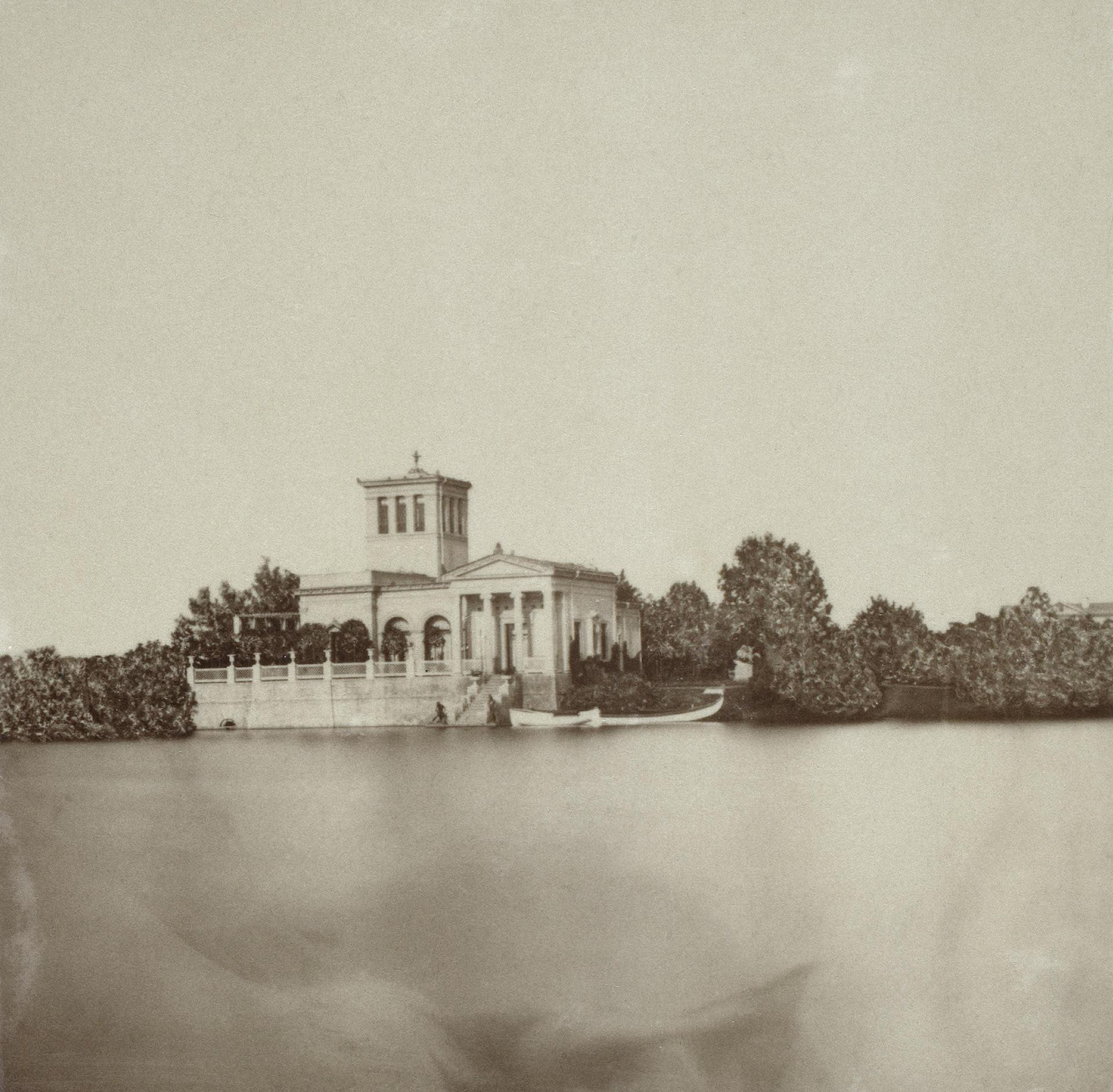 Царицын павильон в Колонистском парке