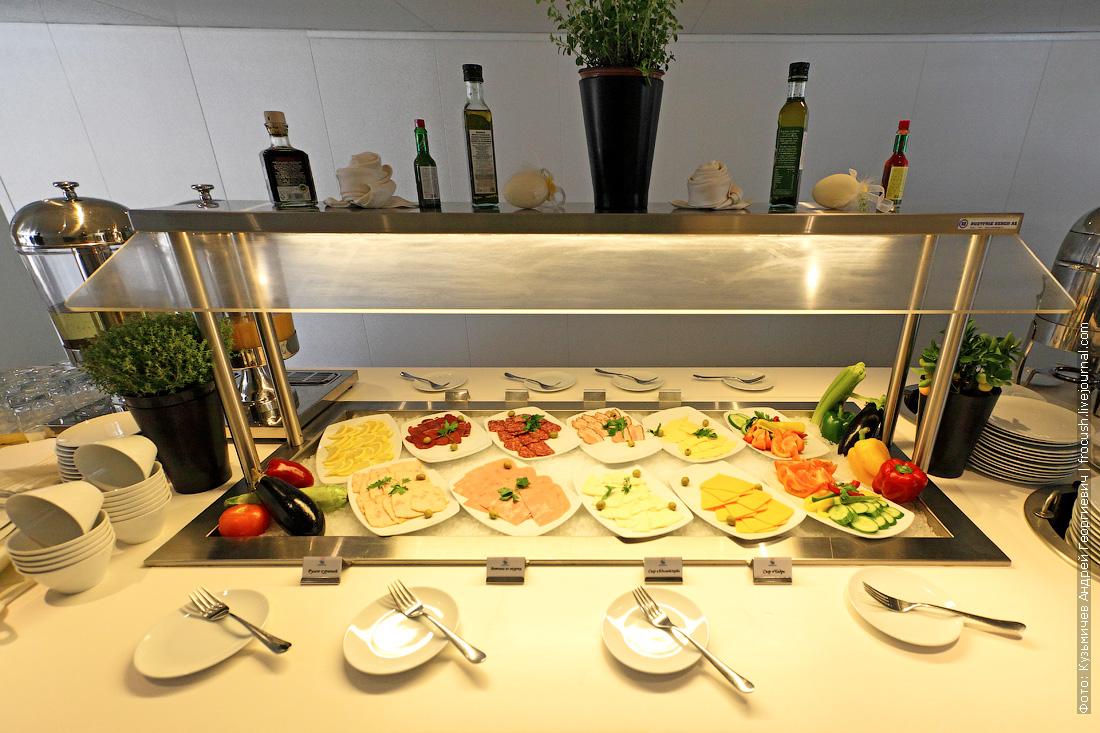 фото шведский стол завтрак теплоход Александр Грин