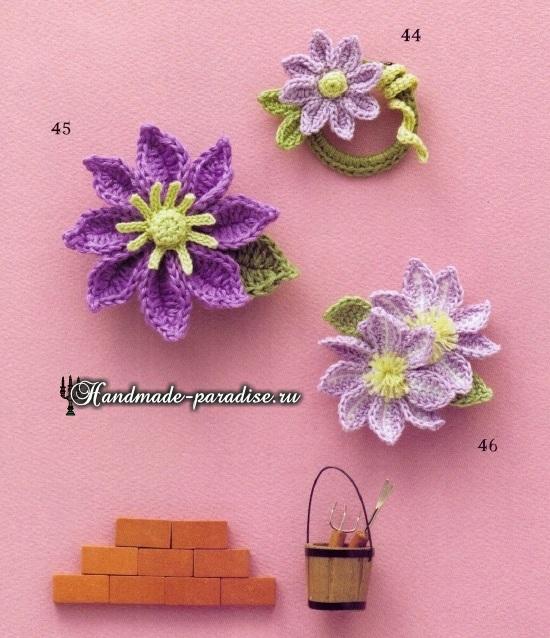 Букетики цветов. Вязаные крючком украшения (10)