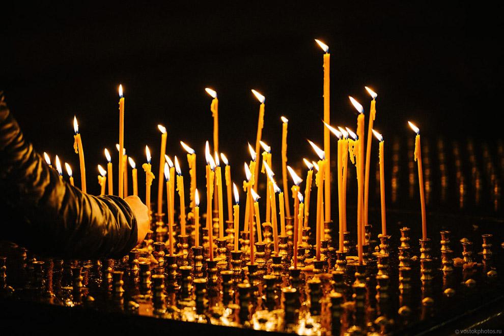20. В воссоздании росписей храма принимали участие более 400 художников, а общая площадь роспис