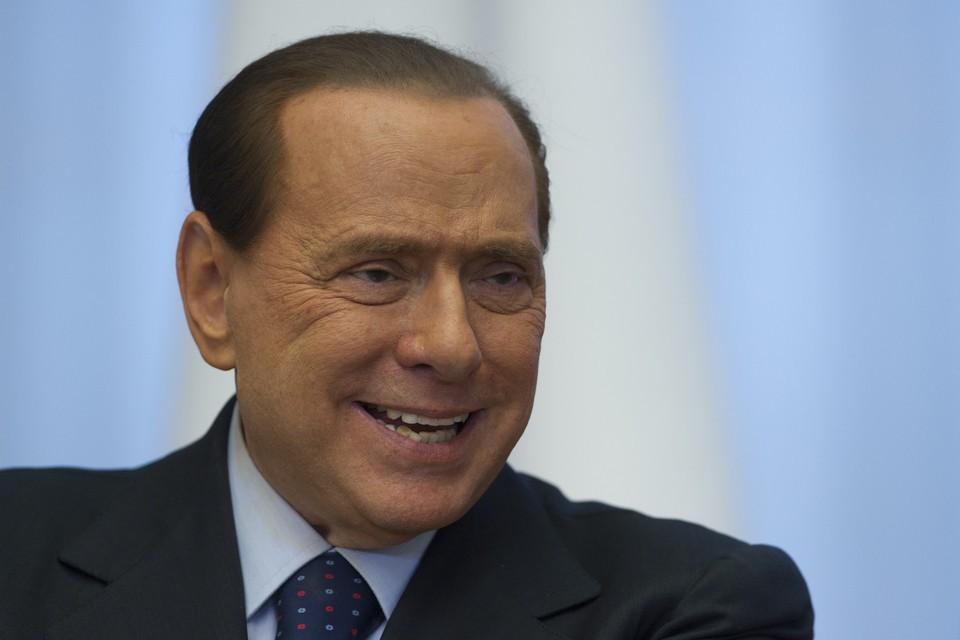 Госпитализированному Сильвио Берлускони медики посоветовали операцию насердце