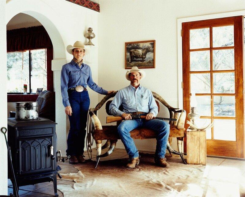 Заклинательница лошадей Ким Макелрой и хозяин ранчо Дэйв Пауэлл. Ранчо «Сломанный рог» (Broken Horn D Ranch) в штате Аризона, 2008 год.