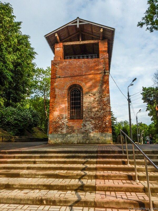 Участок крепостной стены в Лопатинском саду, Смоленская крепость, Смоленск
