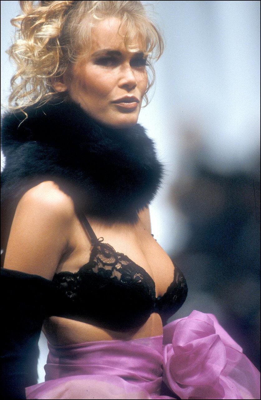 Claudia Schiffer, retro. Marineau