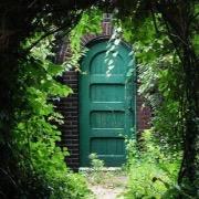 Зеленая дверь