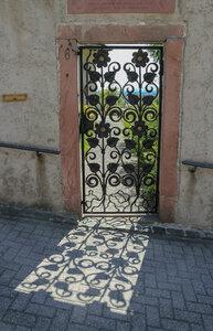 Дверь на море