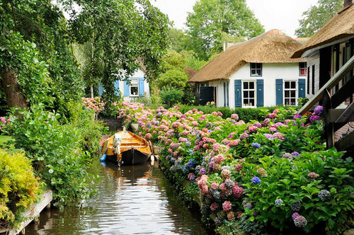 Спокойный отдых в голландской Венеции
