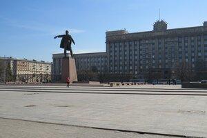 Интересные места и достопримечательности - Памятник Ленину на Московской площади в Санкт-Петербурге