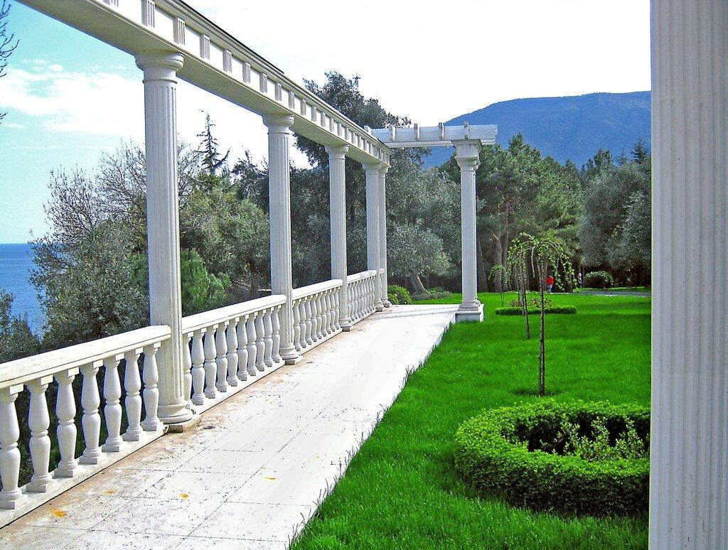 Античный уголок, парк Парадиз или парк