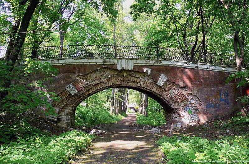 46. Нескучный сад. Мост 2. 21.05.07ш..jpg