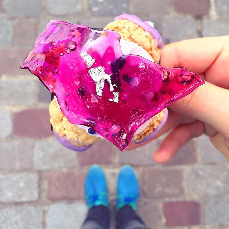 Desserted in Paris - An Instagram account that captures the finest pastries from Paris