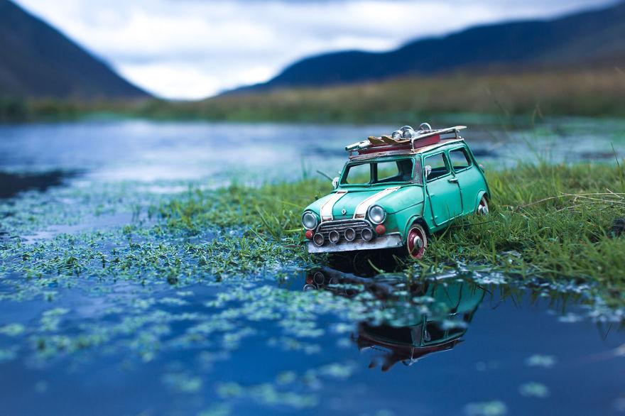 Путешествия миниатюрных ретроавтомобилей