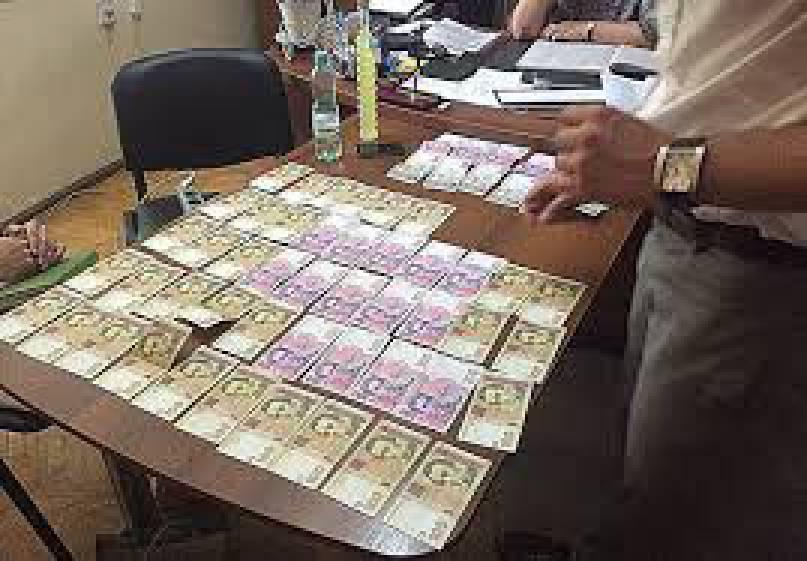 На взятке 40 тыс. грн задержан мэр города Ромны Салатун, - глава Сумской ОГА Клочко