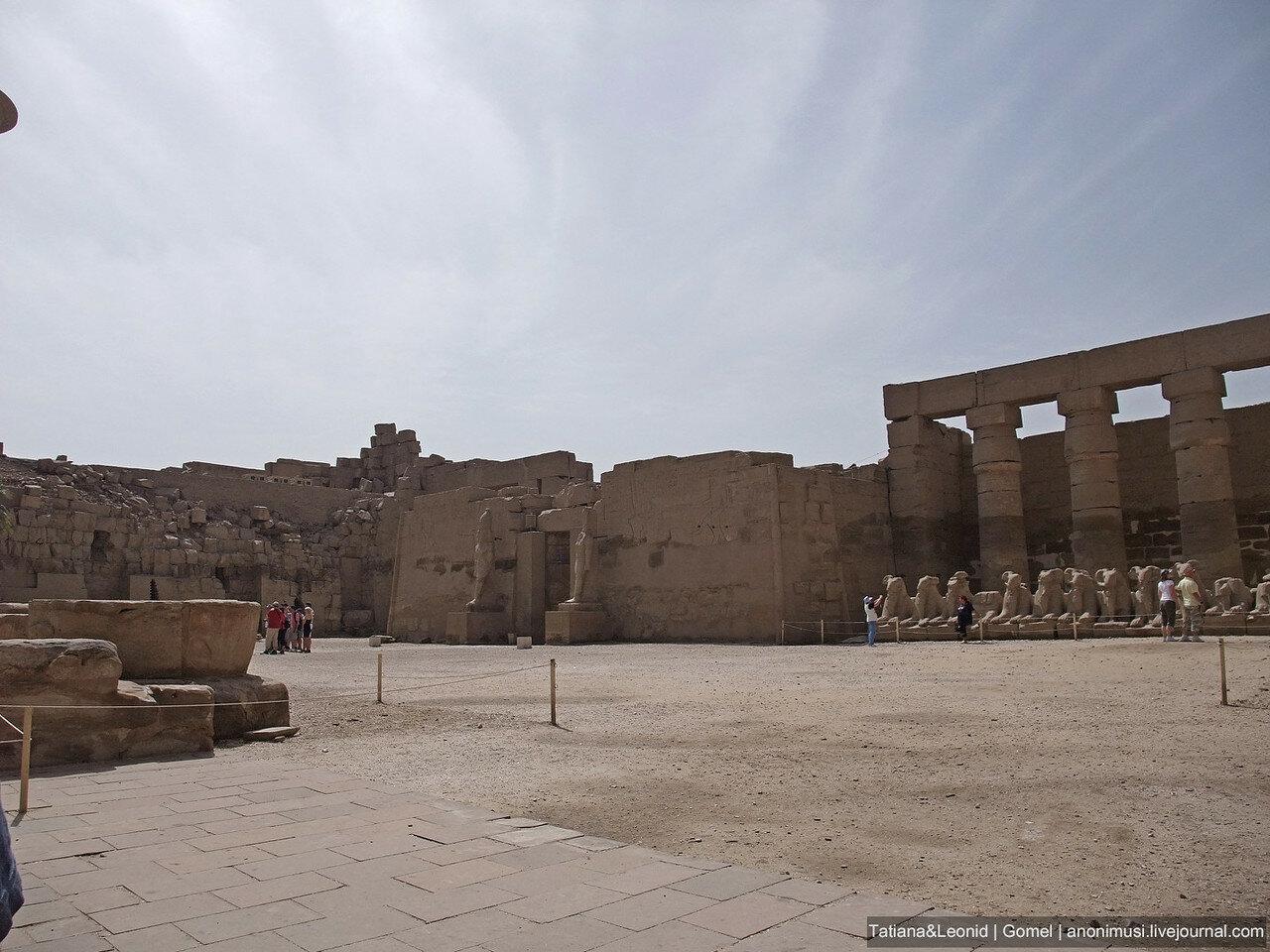 Карнакский храм