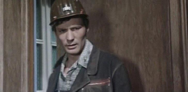 Александр Михайлов, 1973, «Это сильнее меня» — Алексей Углов, бригадир.