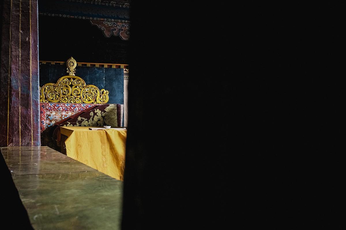 28. Скорее всего, прежде чем возвели храм, озеро было осушено. Но наш гид уверял, что храм построили