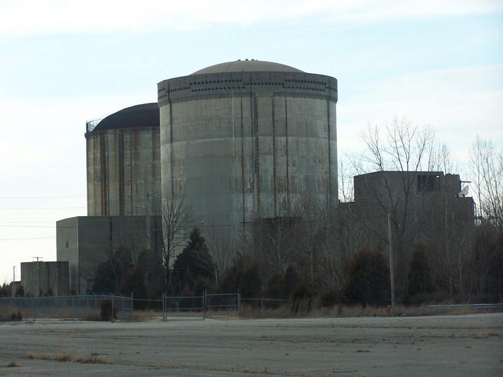 США. Индиана. Атомная электростанция Марбл Хилл. Строительство здания началось в 1977 году и при