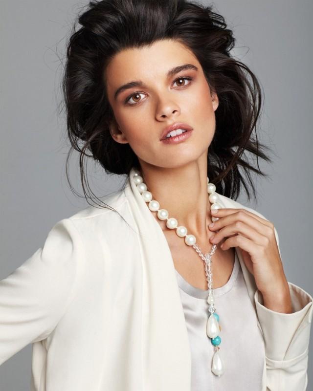 Кристал Ренн работает моделью с 14 лет. Когда она только начинала карьеру в высокой моде, ей посовет