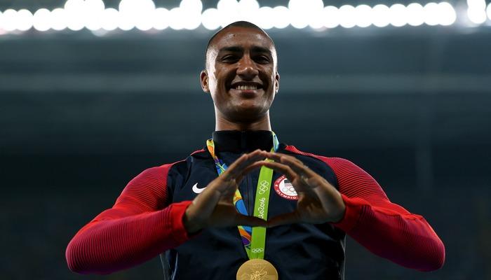 2-кратный олимпийский чемпион легкоатлет Эштон Итон завершил карьеру