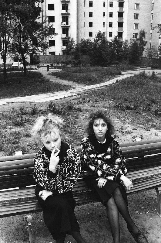 342194 Арбатские дворы Игорь Мухин 1987.jpg