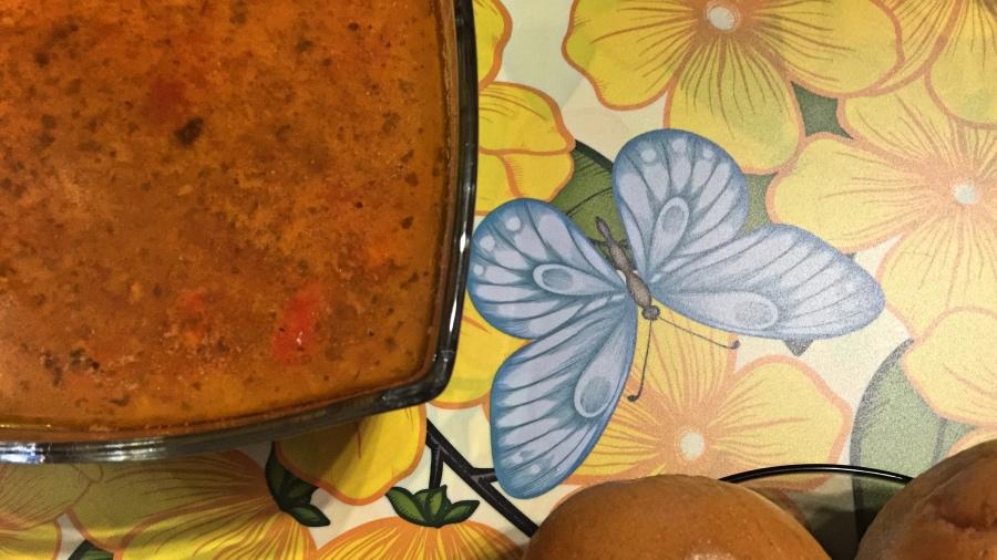 Суп с фасолью кукурузой и вином