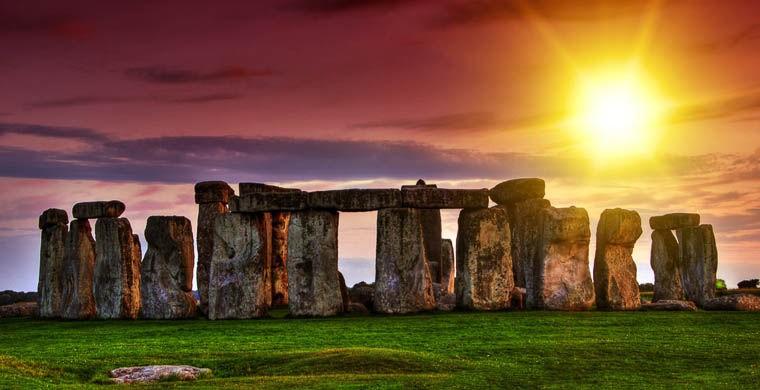 7. Гиды и экскурсоводы преподносят британский Стоунхендж как древнее каменное сооружение, один из са