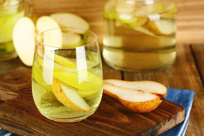 Ингредиенты: 10листьев свежего шалфея 1лайм 250мл грушевого сока (свежего или пакетированного) 25