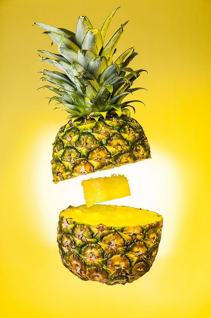 2. Укрепление костей В ананасе содержится марганец, способствующий укреплению кости и соединительной