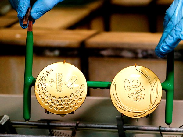Олимпийские награды резко упали вцене