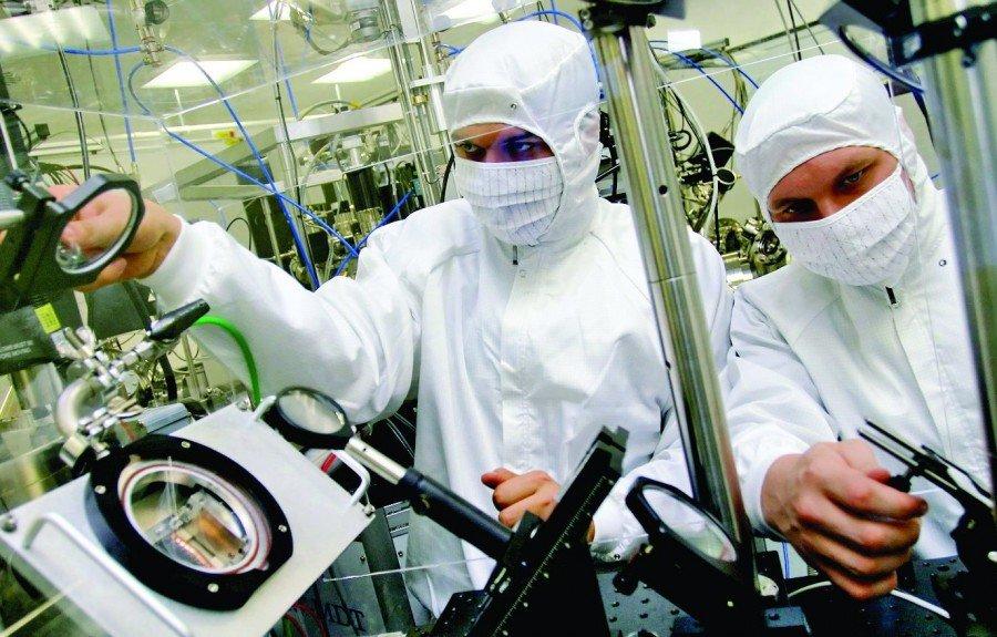 ПрезидентРФ подумает над продлением программы выделения учёным мегагрантов