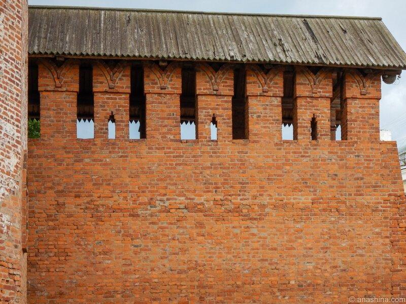 Фрагмент крепостной стены около Громовой башни, Громовая башня, Смоленская крепость, Смоленск