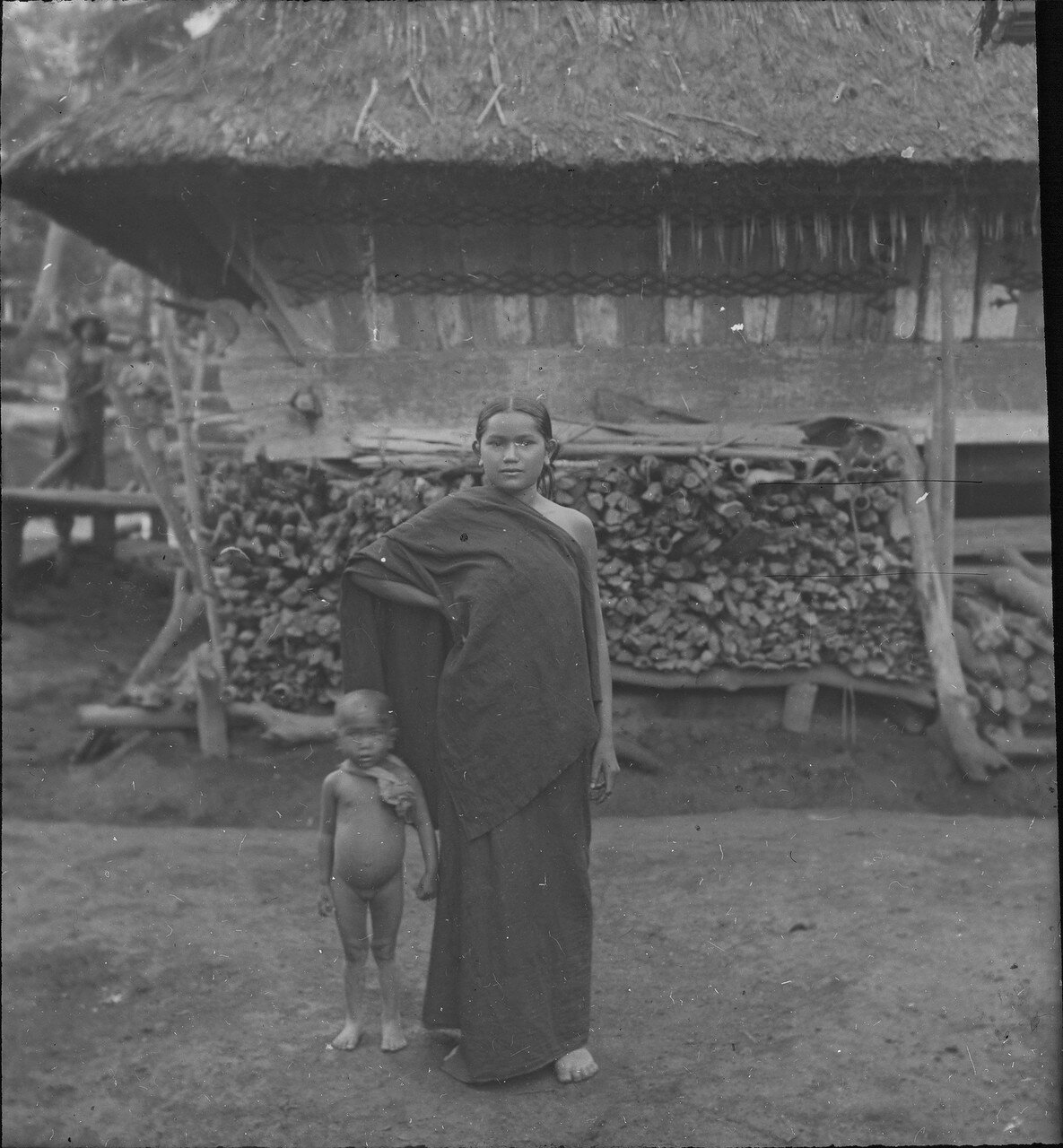 Женщина народности каро