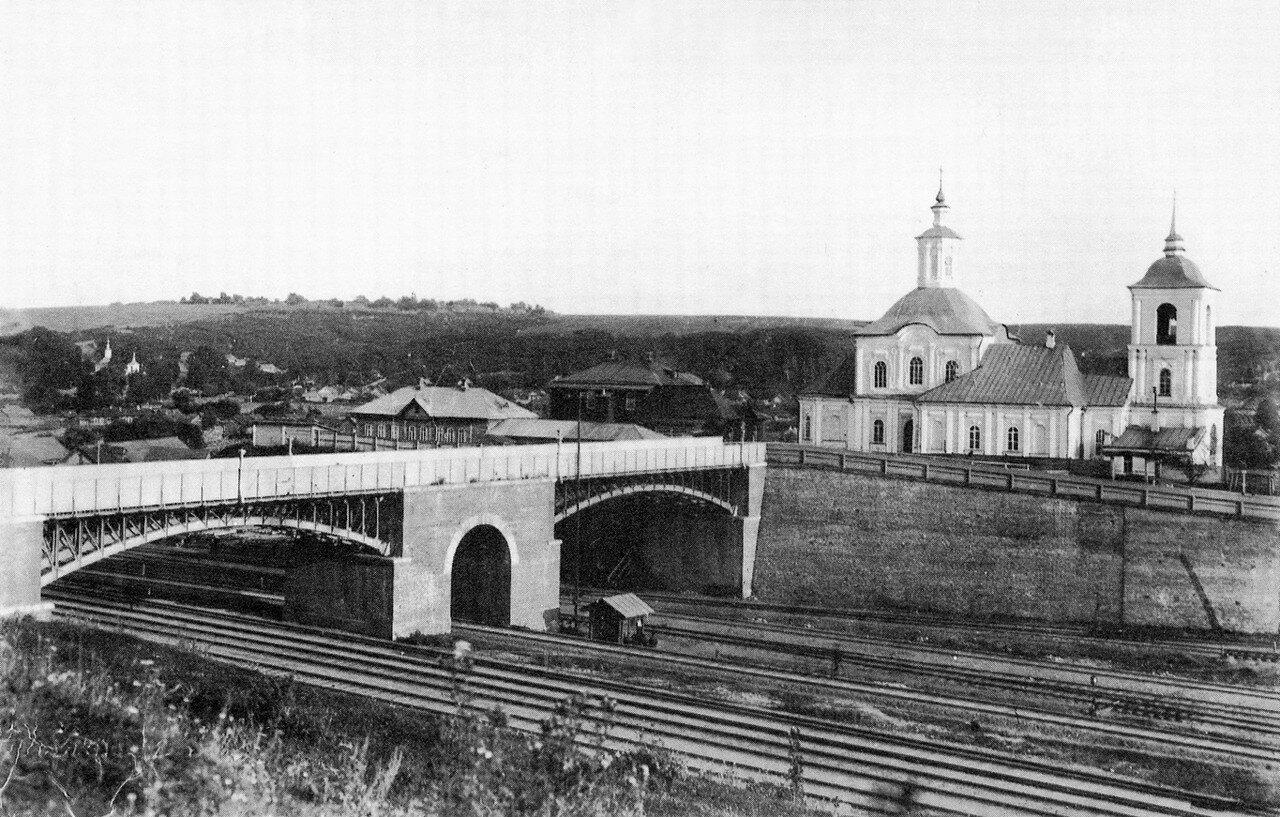 Виадук и Крестовоздвиженская церковь. 19 августа 1907