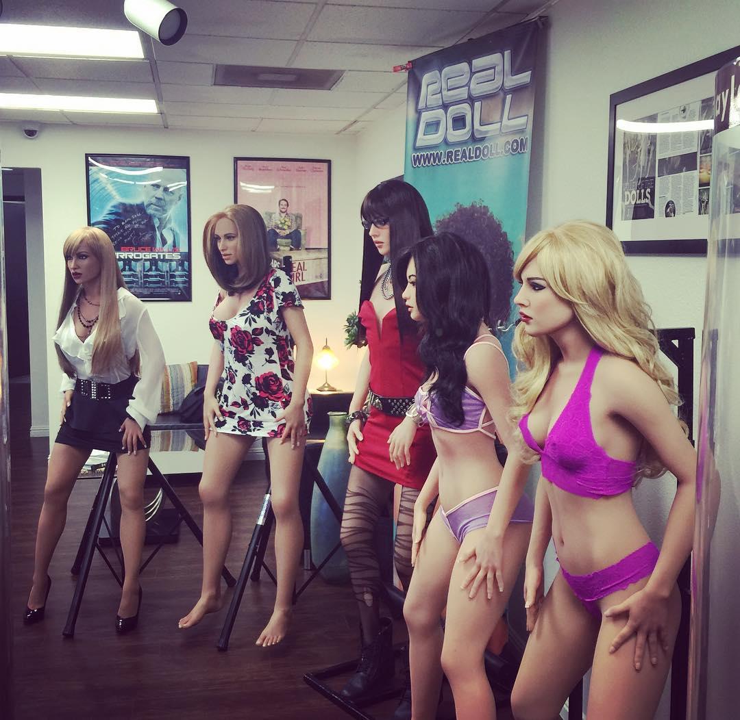 Новое поколение секс кукол смогут получать 'оргазм' по команде