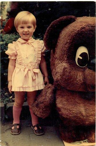 Трёхлетняя я с Винни-Пухом