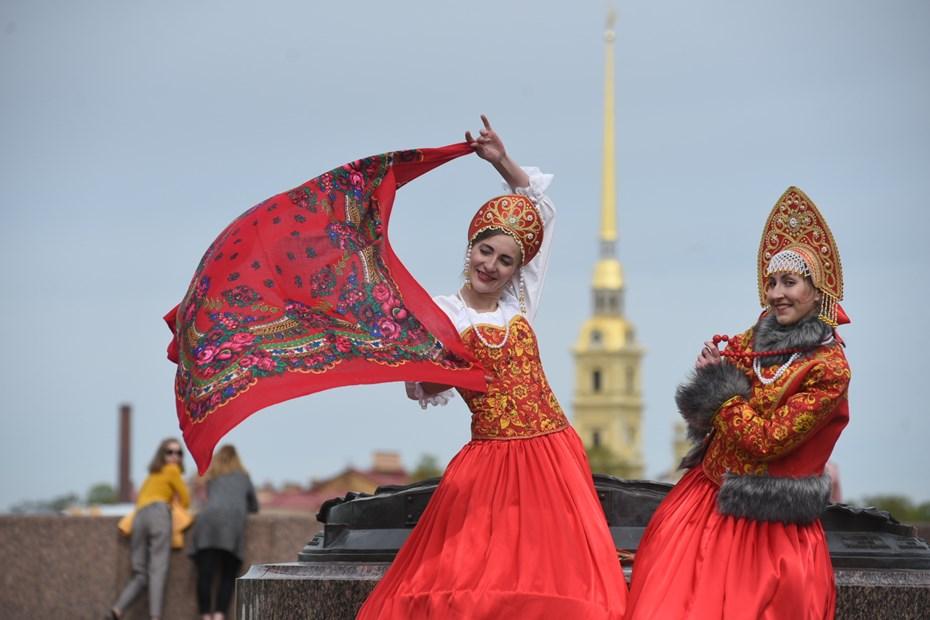 ВПетербурге вдень города прошел фестиваль национальностей