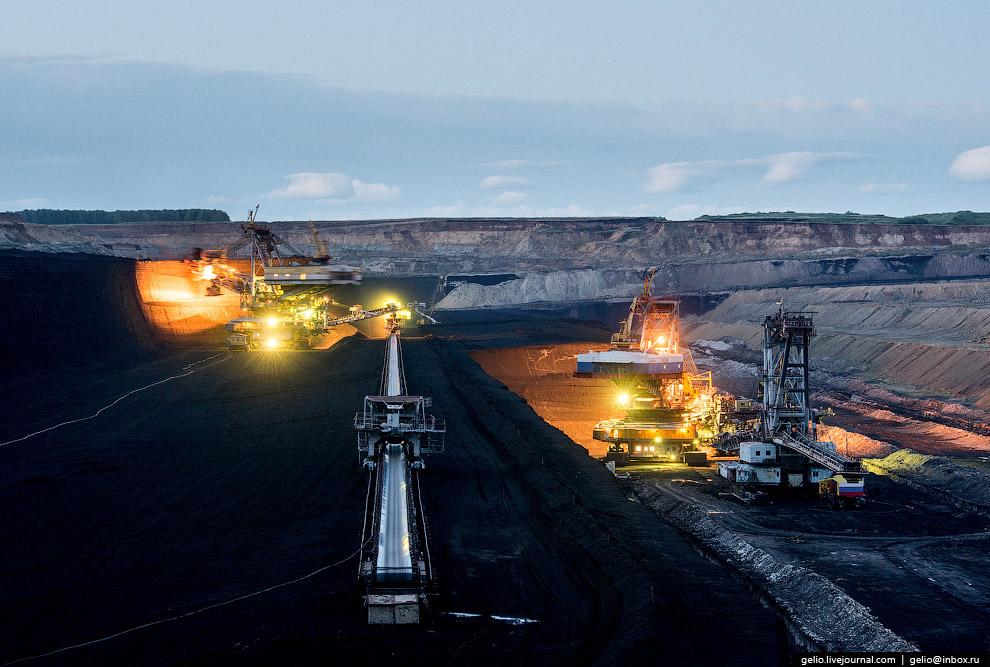 15. Залежи бурого угля сформировались в Юрский геологический период (150 млн лет назад). Мощнос