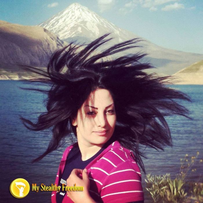 Некоторым девушкам хочется просто почувствовать в своих волосах ветер. Это же так естественно.
