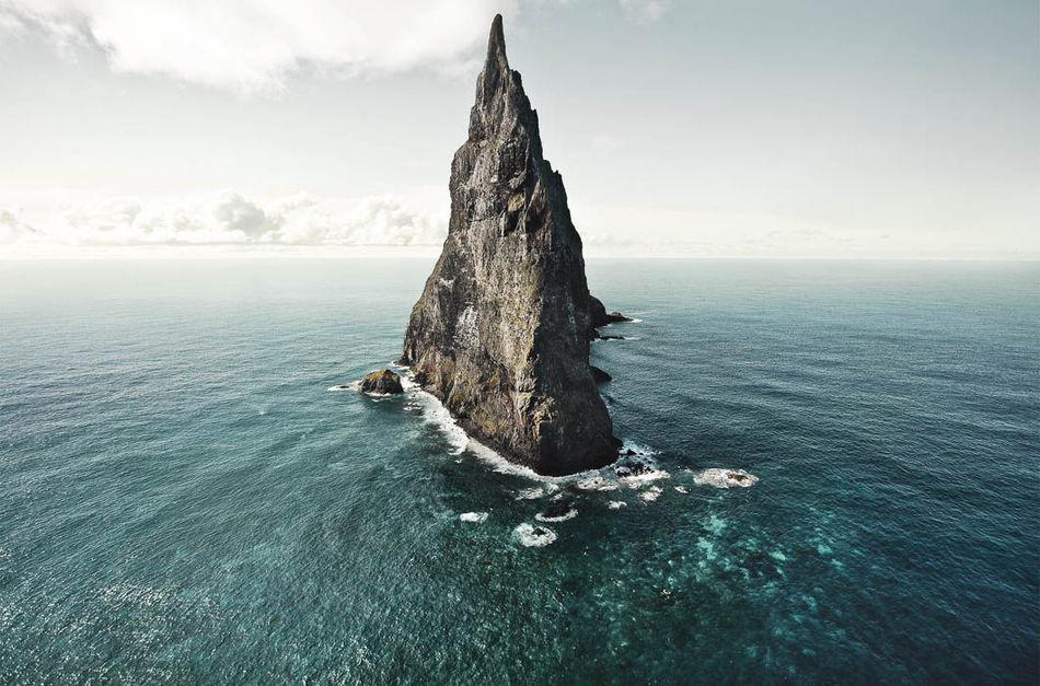 Эта пирамида — все, что осталось от древнего вулкана, извержение которого произошло 7 млн лет назад.