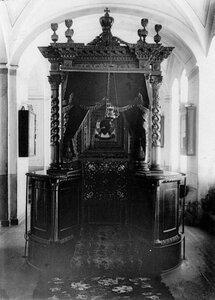 Вид иконы Спас Нерукотворный в монастырском храме.