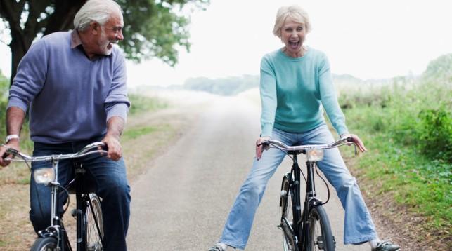 Учёные узнали, вкаком возрасте человек неменее счастлив